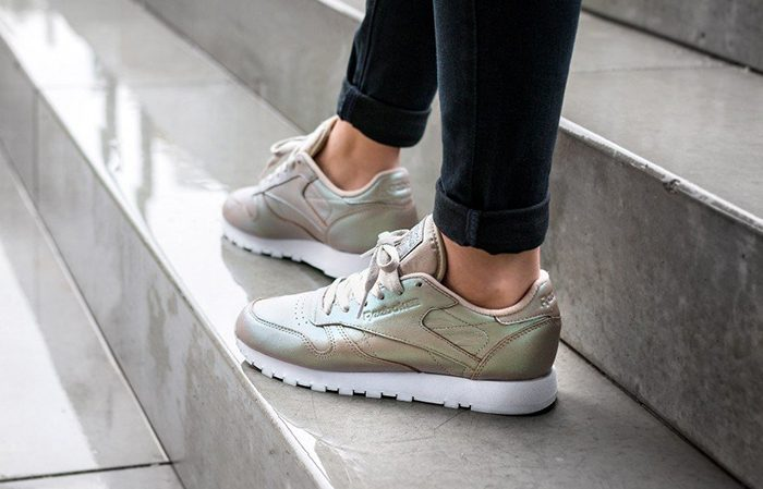 new styles d34d1 63702 ... Reebok Classic Leather Pearlized Gold BD4309 6 ...