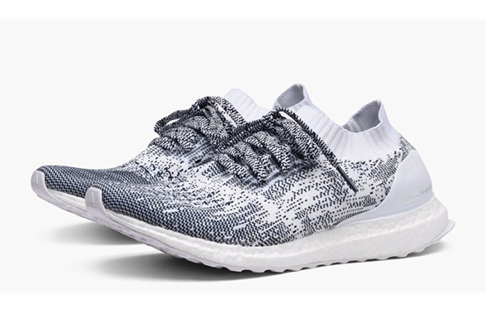 new styles cf048 d4e3b adidas Ultra Boost Uncaged White Navy