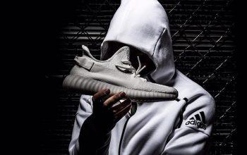 Release info of Yeezy Boost 350 V2 Triple White