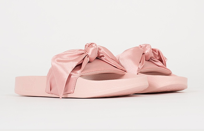 competitive price 361c3 51736 PUMA x Fenty Rihanna Bow Slide Pink