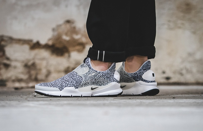 0978f3ef ... Nike Sock Dart Safari White 942198-100 d ...
