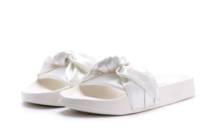 wholesale dealer 1dbd1 93402 Rihanna x PUMA Fenty Bow Slide White 365774-02
