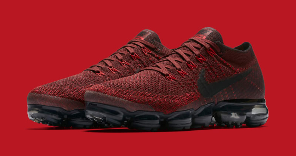 Detailed Look at the Nike Air VaporMax Team Red