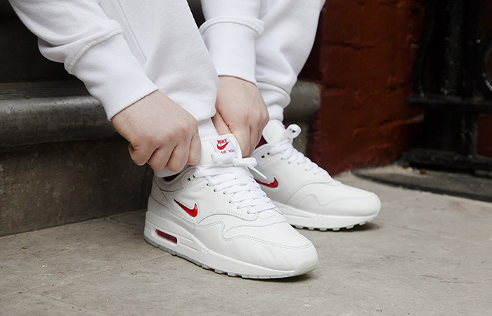 Nike Air Max 1 Jewel OG White 918354-104 Buy New Sneakers Trainers FOR Man Women in UK Europe EU 01