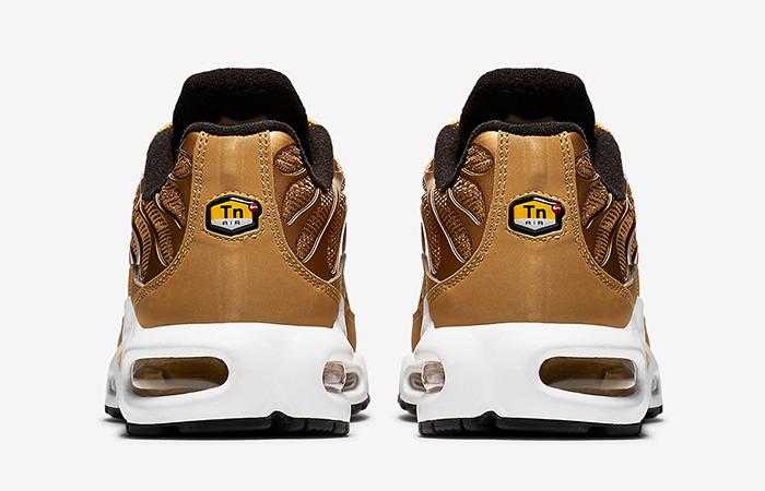best service 6cce1 df666 Nike Air Max Plus Metallic Gold 887092-700
