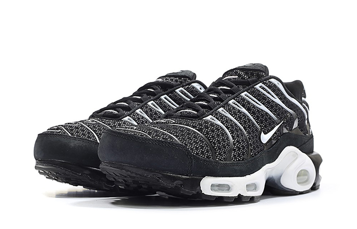 07919292ca ... NikeLab Air Max Plus TN Black Navy 898018-001 b ...