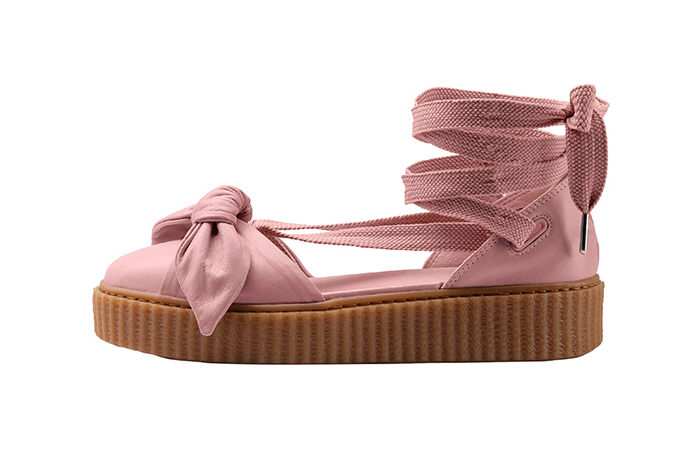 wholesale dealer 30609 b4638 Rihanna x PUMA Fenty Bow Creeper Sandal Pink
