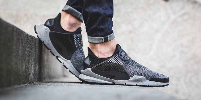 Nike Sock Dart Premium SE Black Grey – £65