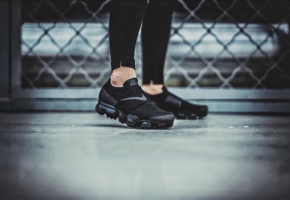 6b97df5d022a5 Nike Air VaporMax Strap in Black on Foot Shot – Fastsole