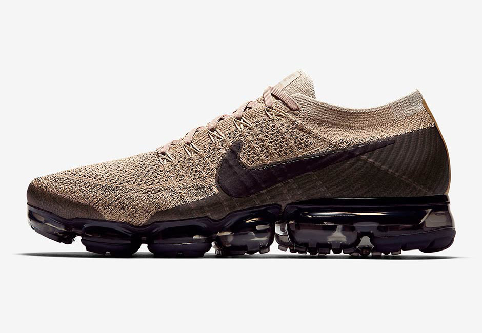 Nike Air VaporMax Tan Black 01