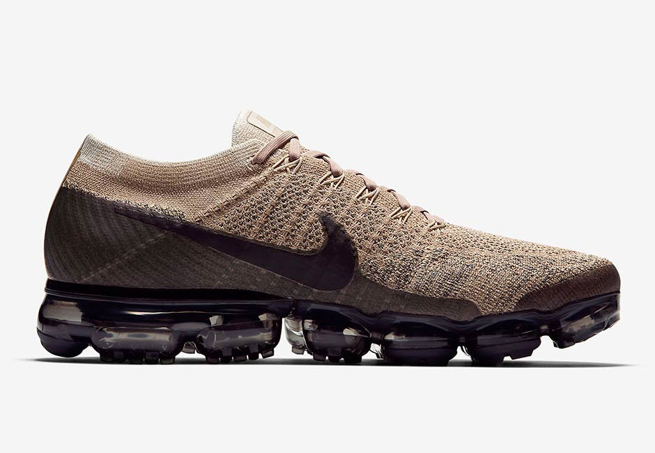 Nike Air VaporMax Tan Black 02