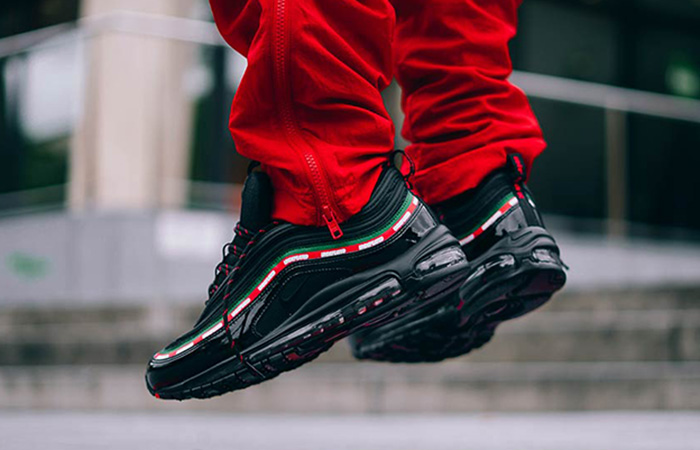 Undefeated x Nike Air Max 97 OG Black 04