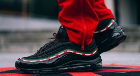 Undefeated x Nike Air Max 97 OG Black 07