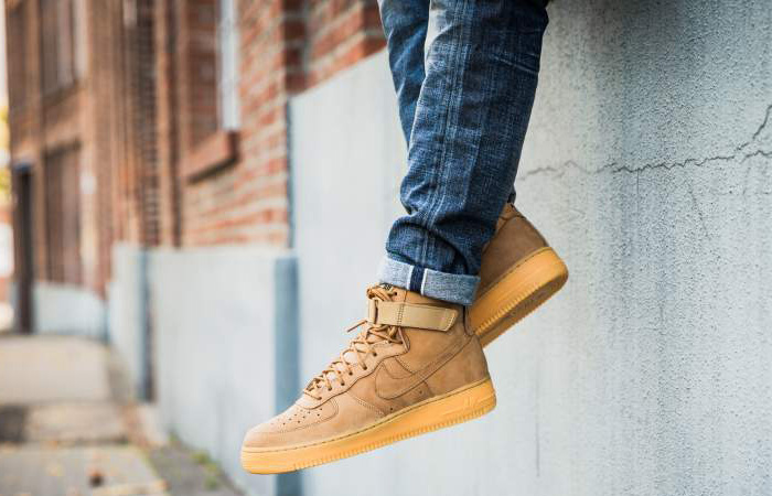 hot sale online e5da6 23cfb Nike Air Force 1 High 07 LV8 Flax 882096-200