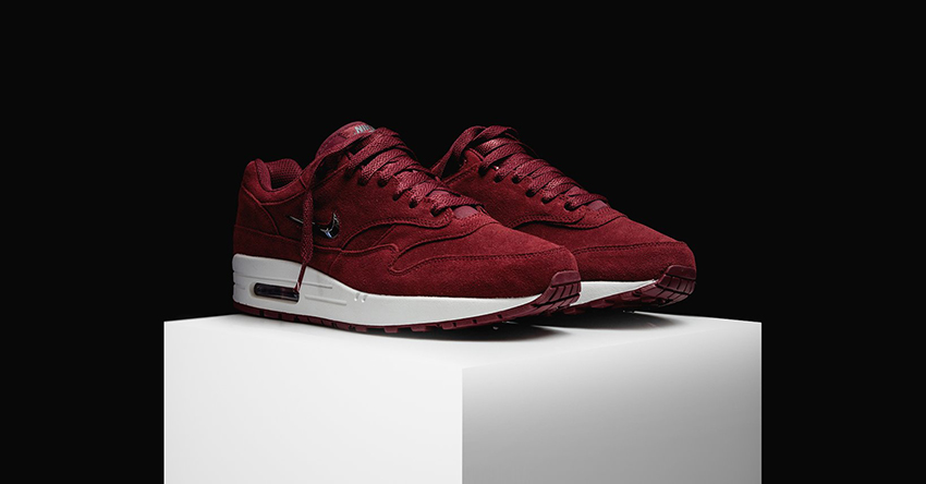 Nike Air Max 1 Jewel Red Suede First Look 918354-600 Buy New Sneakers Trainers FOR Man Women in United Kingdom UK Europe EU Germany DE 04