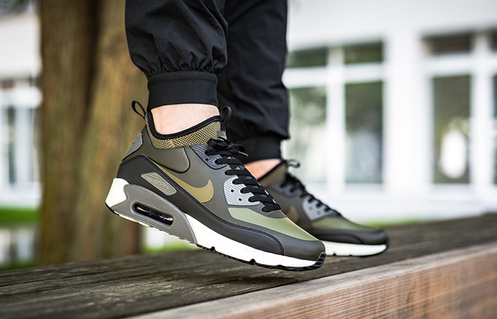 Nike Air Max 90 Sneakerboot Olive Black </p>
