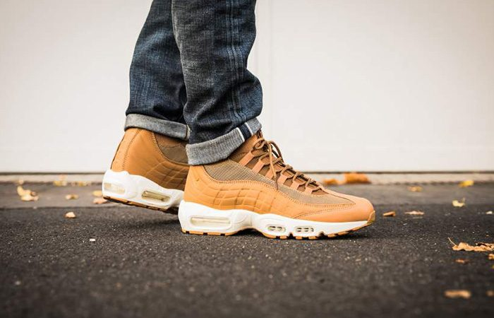 Nike Air Max 95 SneakerBoot Flax 806809 201