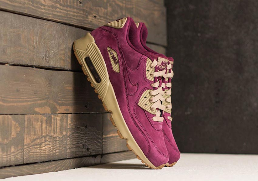 Nike Air Max 90 Winter Pack 2017 Live at FootShop Buy New Sneakers Trainers FOR Man Women in United Kingdom UK Europe EU Germany DE Sneaker Release Date 07