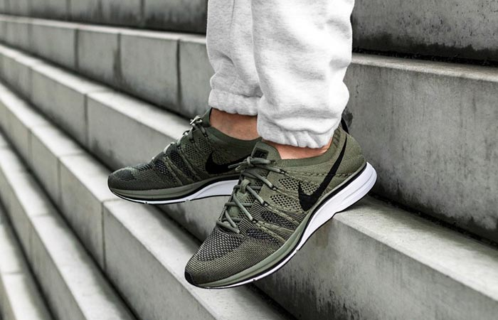 Nike Flyknit Trainer Olive AH8396-200 Buy New Sneakers Trainers FOR Man Women in United Kingdom UK Europe EU Germany DE 04