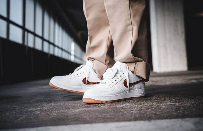 competitive price ac4ad 46a98 Travis Scott Nike Air Force 1 Low White AQ4211-100