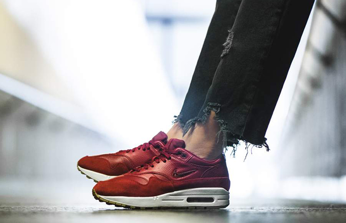info for 73181 bfa6b ... Nike Air Max 1 Premium SC Red Women AA0512-602 Buy New Sneakers  Trainers FOR ...