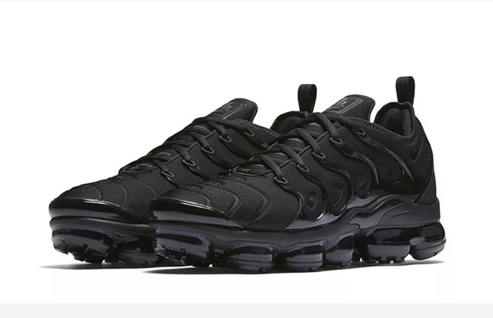 Nike Air VaporMax Plus Black 924453-004 Buy New Sneakers Trainers FOR Man Women in United Kingdom UK Europe EU Germany DE 01