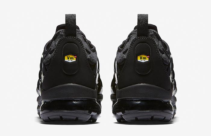 Nike Air VaporMax Plus Black 924453-004 Buy New Sneakers Trainers FOR Man Women in United Kingdom UK Europe EU Germany DE 03
