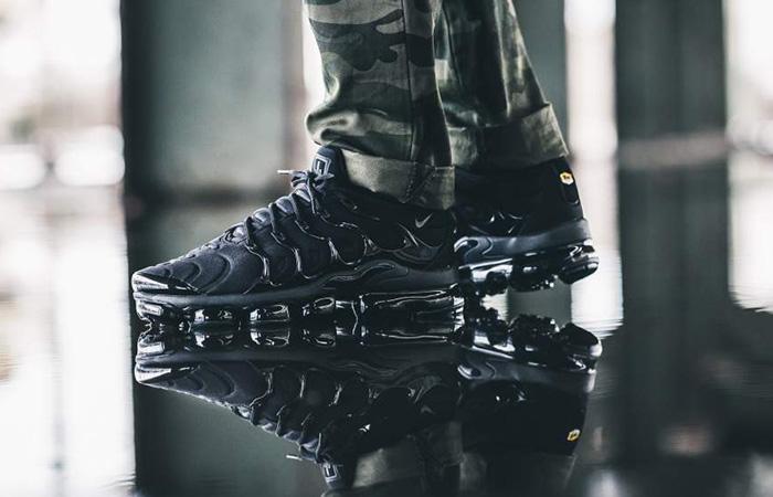 Nike Air VaporMax Plus Black 924453-004 Buy New Sneakers Trainers FOR Man Women in United Kingdom UK Europe EU Germany DE 07