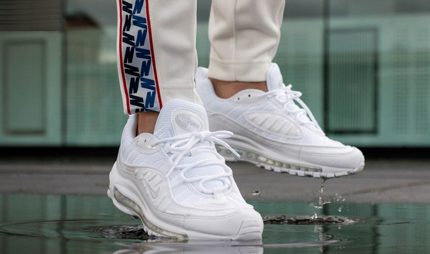 Nike Air Max 98 Triple White On Foot Look Fastsole