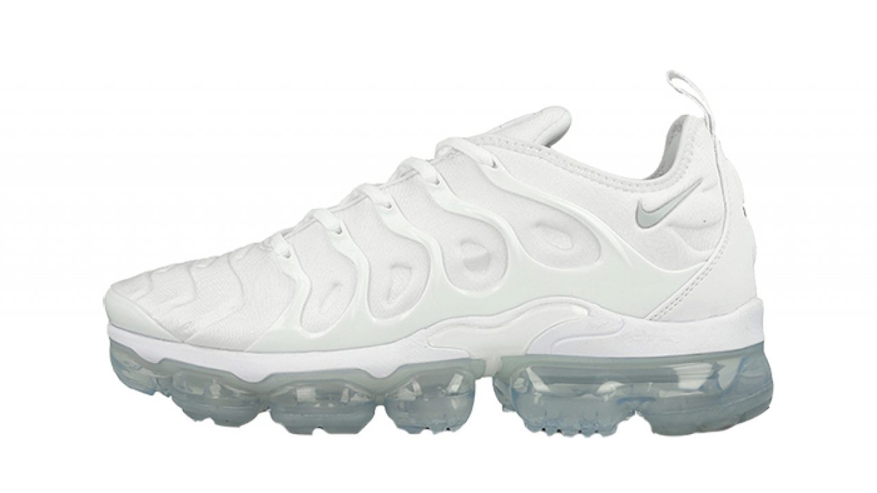 new styles 05a74 f72f6 Nike Air VaporMax Plus Triple White 924453-100