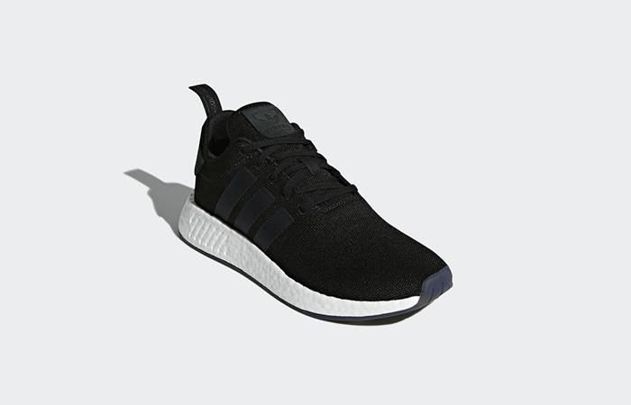 reputable site 08640 8810b adidas NMD R2 Black CQ2402
