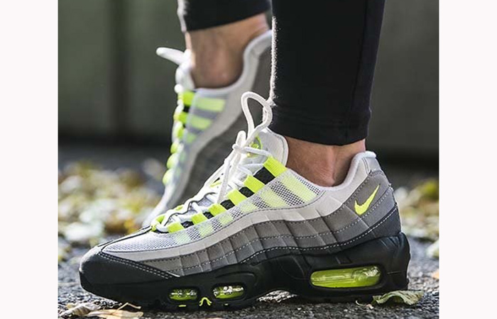 53f961f40228 Nike Air Max 95 OG Neon 554970-071 – Fastsole