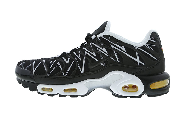 innovative design f4e8e 70600 Nike Air Max Plus Le Requin Black Footlocker Exclusive
