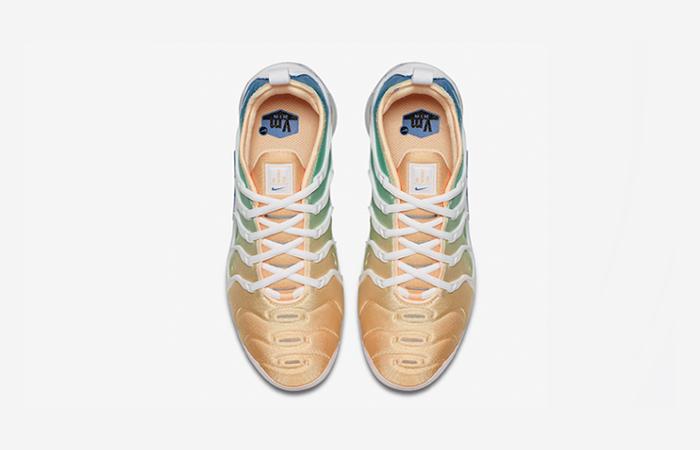 new style dd60a 12823 ... Nike Air VaporMax Plus Light Menta Womens AO4550-100 03 ...