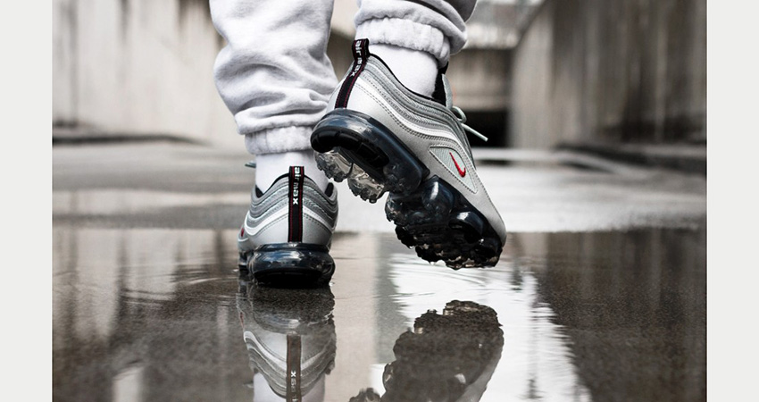 pretty nice 0cb9a 222d2 On Foot Look At The Nike Air VaporMax 97 Silver Bullet ...