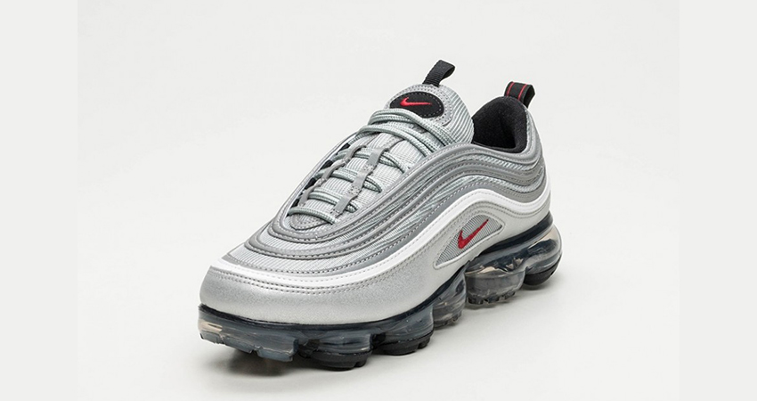 pretty nice 5b5b4 40a9a On Foot Look At The Nike Air VaporMax 97 Silver Bullet ...