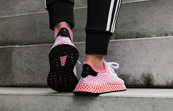 https://fastsole.co.uk/wp-content/uploads/2018/03/adidas-Deerupt-Red-Womens-CQ2910-07.jpg