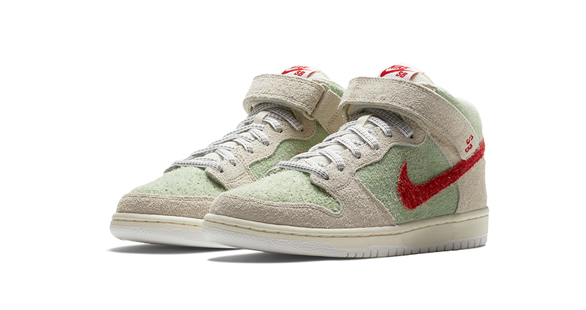 Official Look At The Nike SB Dunk Mid White Widow 02