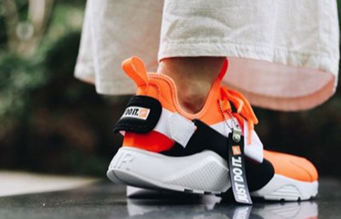 separation shoes d106f 371aa Nike Air Huarache City Low Just Do It Orange AO3140-800