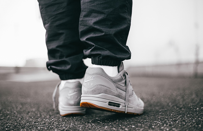 best authentic df4ac d5be2 Grey Ah8145 Wolf – Nike 1 Air Fastsole Gum Max 005 wX8n0POk