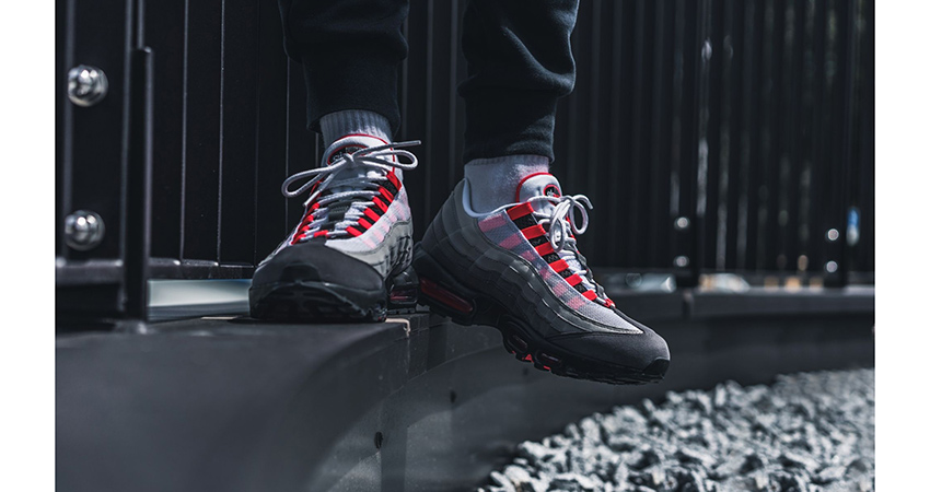 Nike Air Max 95 Solar Red AT2865-100 05