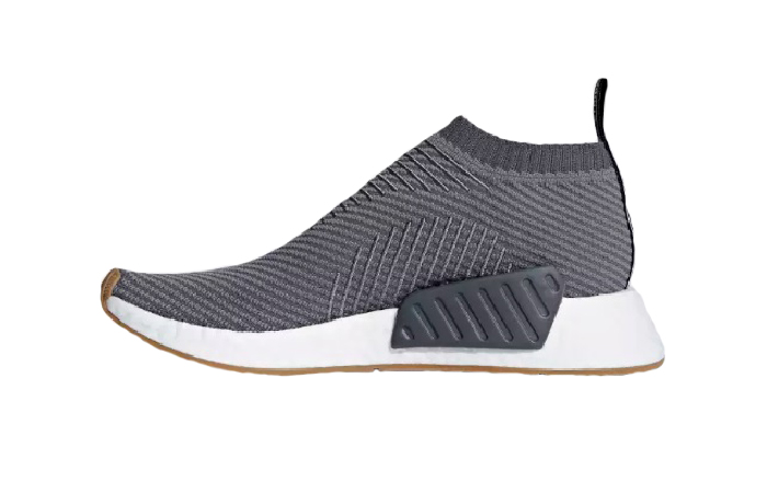 https://fastsole.co.uk/wp-content/uploads/2018/08/adidas-NMD-CS2-Primeknit-Grey-White-D96742-01.jpg
