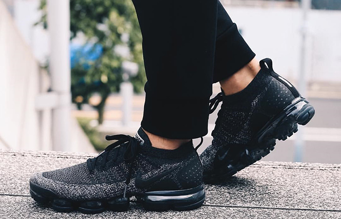 competitive price 7c60c 018f0 Nike Air VaporMax Flyknit 2 Black Grey 942842-012