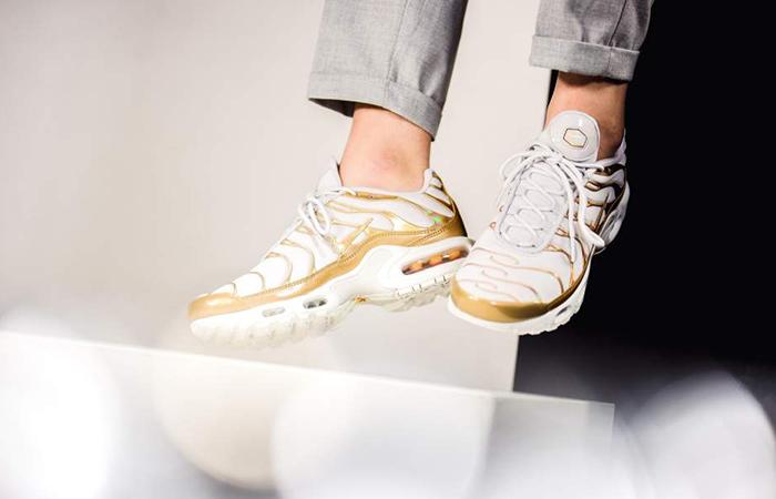 Nike Air Max Plus Gold White Womens 605112 054