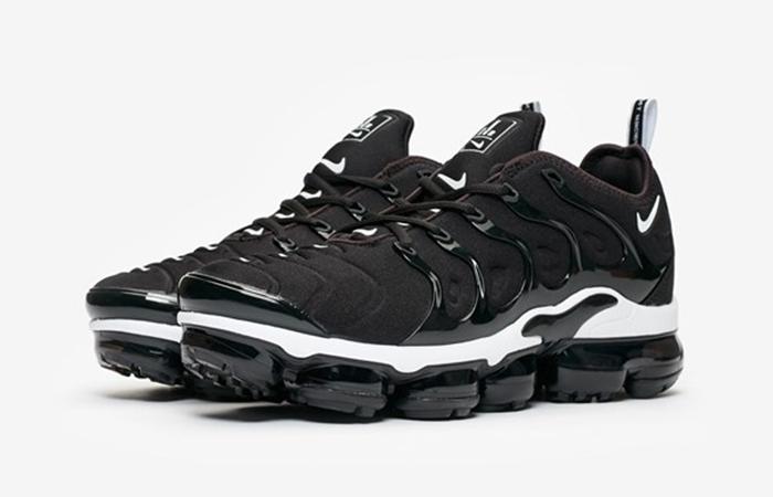 Nike Air VaporMax Plus Black 924453-011 02
