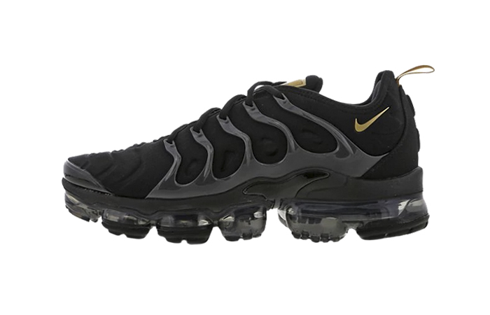 fec0860f89997 Nike Air VaporMax Plus Black Gold Footlocker Exclusive BQ5068-001 01 ...