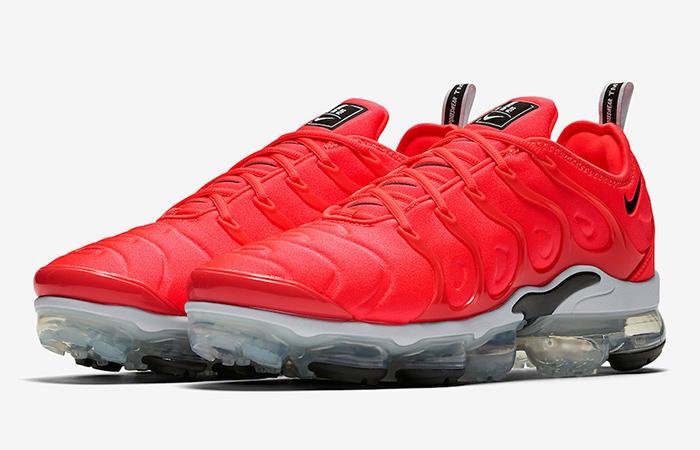 Nike Air VaporMax Plus Red White 924453-602 03
