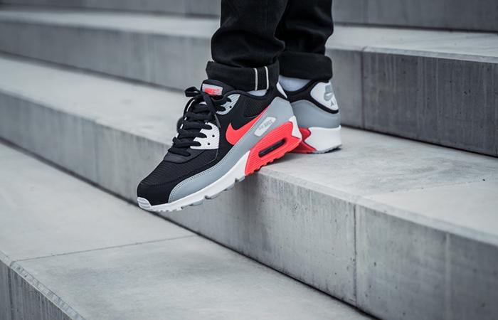 Nike Air Max 90 Infrared AJ1285-012 03