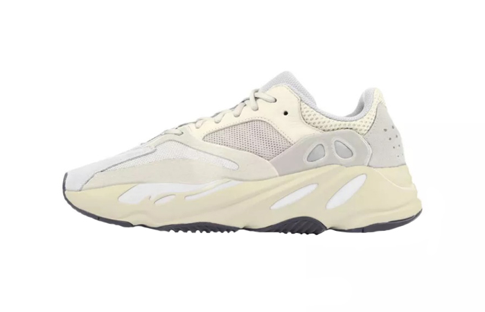Yeezy Boost 700 Analog 01