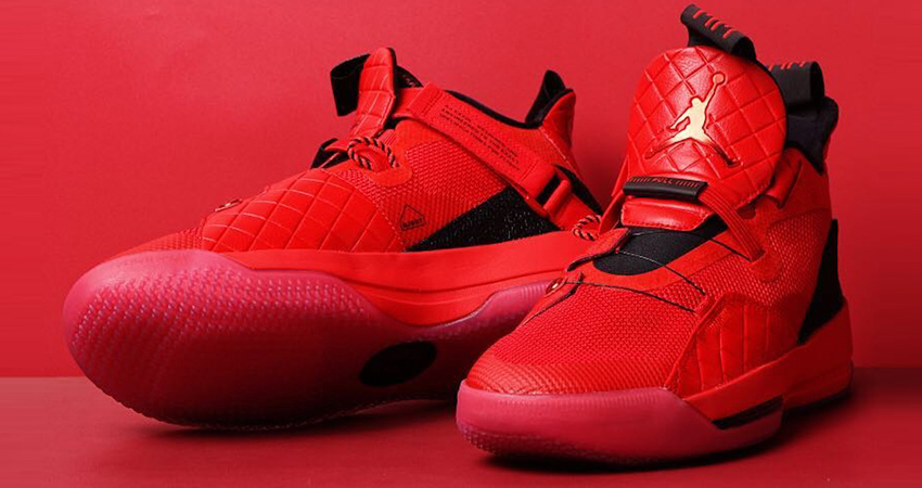 Nike Air Jordan 33 in All Red 01